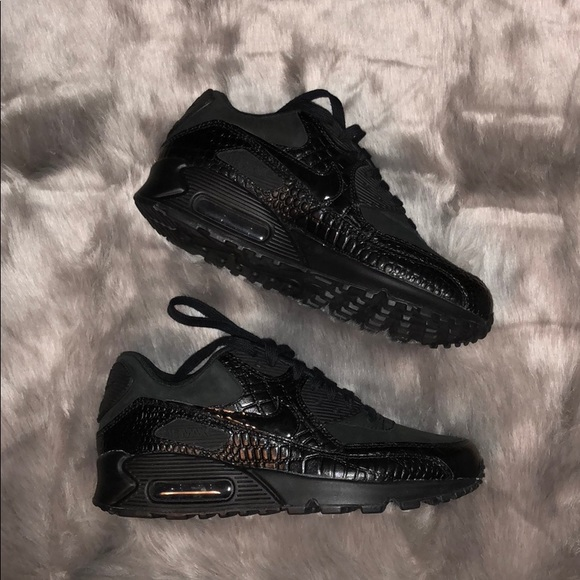 New Women's Nike Air Max 90 Premium Crocodile NWT
